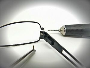 Glasses Screw Drill-Out